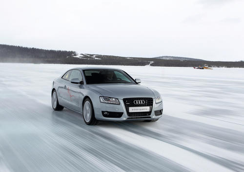 Technological demonstrator Audi e-tron quattro in cold climate test.