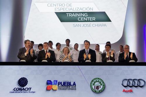 Ein großer Moment für Audi México: Mehr als 300 internationale Gäste haben heute dieEröffnung des neuen Trainingscenters in San José Chiapa gefeiert: