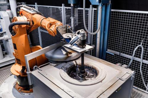 Audi eröffnet Werkstofftechnikum am Standort Neckarsulm