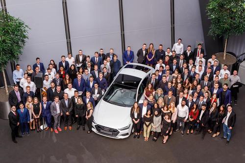 Verstärkung für Audi Neckarsulm: Standort übernimmt 132 Azubis und 17 dual Studierende