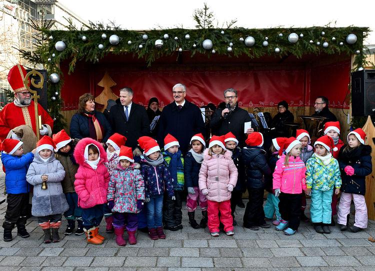 Gemeinsam Gutes tun: Sozialer Weihnachtsmarkt öffnet seine Tore