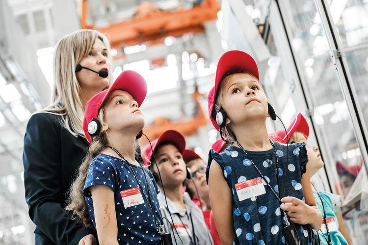 Kinderführung durch die Produktion