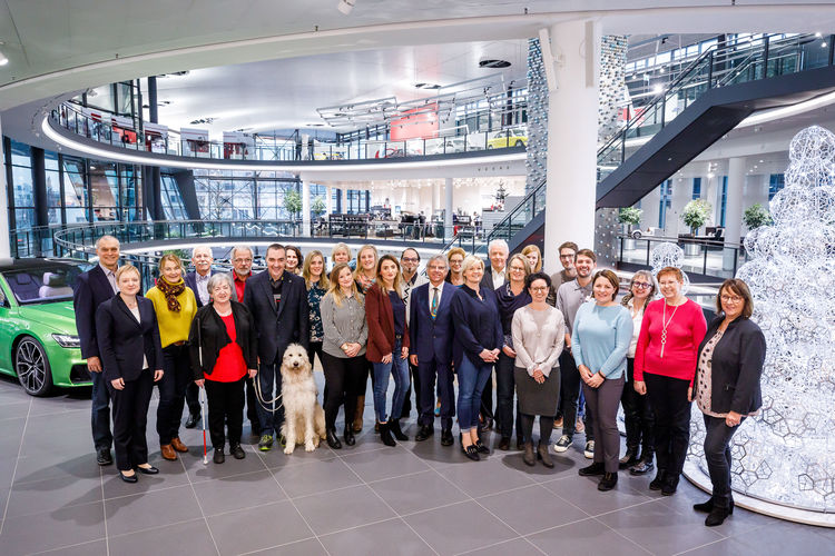 Weihnachtsspende: Neckarsulmer Audi-Belegschaft unterstützt soziale Einrichtungen in der Region