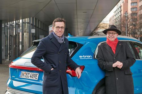 Audi fährt die Stars der 69. Berlinale rein elektrisch im Audi e-tron zum Roten Teppich