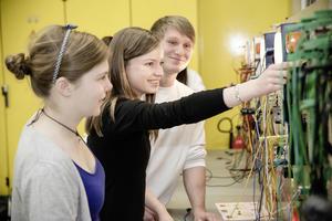 Girls' Day:  Audi weckt Begeisterung für Technik