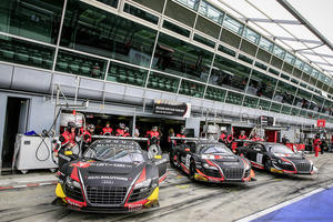 Saisonfinale der Blancpain Endurance Series voller Highlights für Audi Sport customer racing