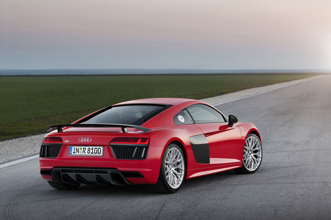 The second generation 2015: Audi R8 V10 plus