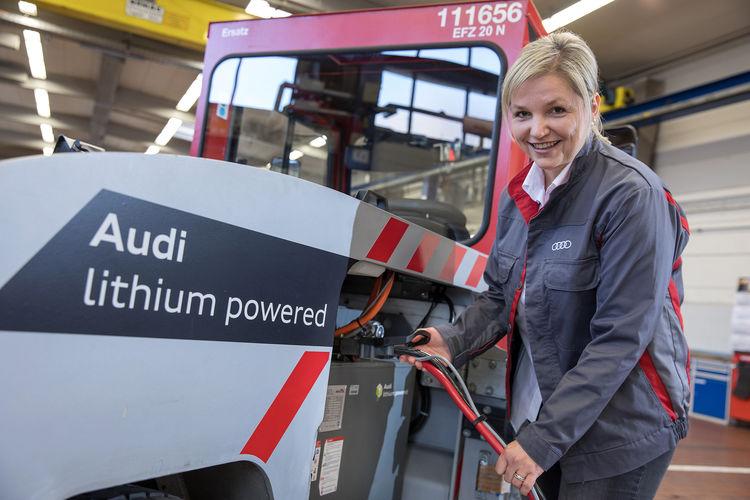 Audi nutzt gebrauchte Lithium-Ionen-Batterien in Flurförderfahrzeugen