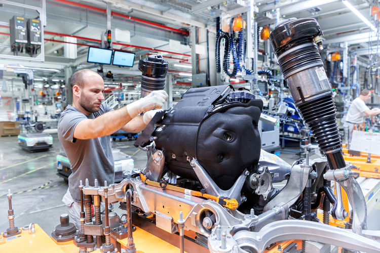 Audi e-tron Production at the CO2-neutral plant of Audi Brussels