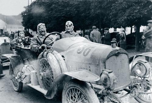 Sonderausstellung im Audi museum mobile zum 150. Geburtstag von Firmengründer August Horch