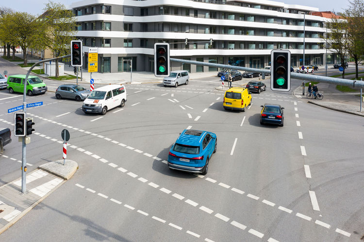 Audi networks with traffic lights in Europe