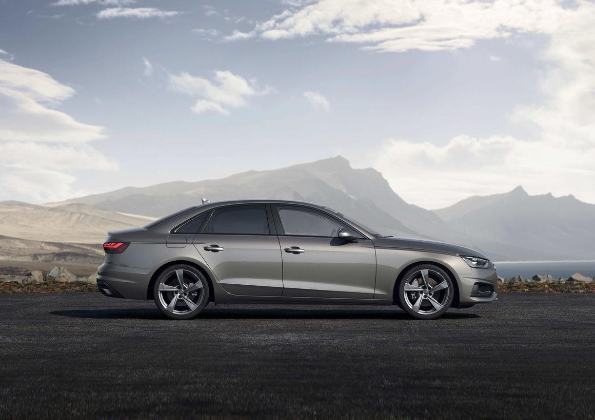 Audi A4 Limousine