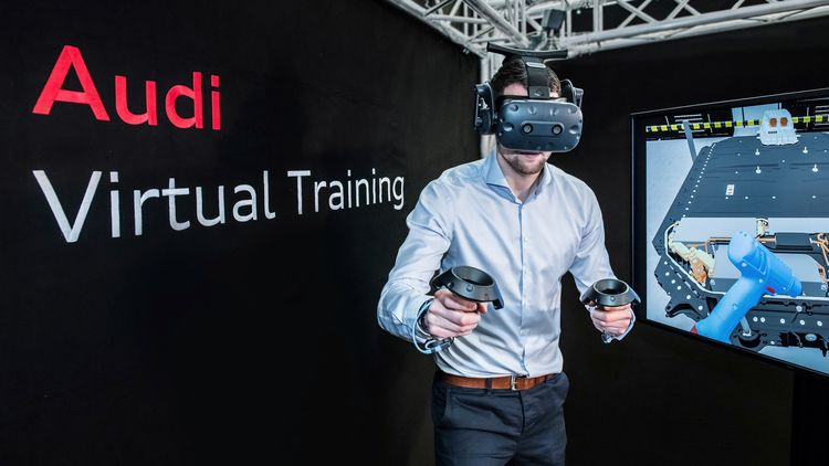With virtual reality into the electric era