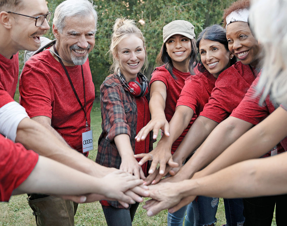 Great Engagement in Audi Volunteers' Day:  ||More than 300 Audi people involved in 43 projects