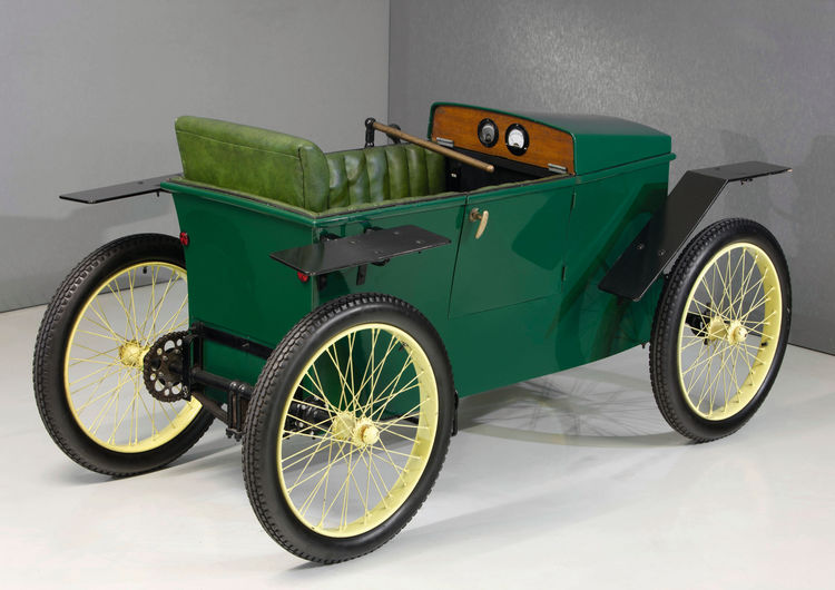 The Slaby-Beringer electric car