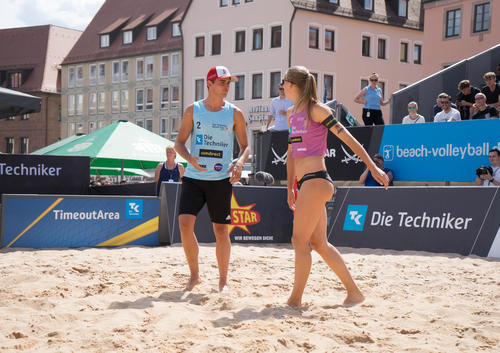 Nico Müller bei Techniker Beach Tour in Nürnberg