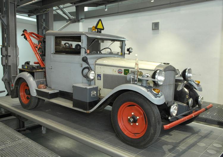 Audi museum mobile: Paternoster zeigt mobile Raritäten