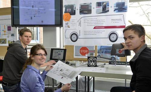 """""""Jugend forscht"""" bei Audi: 105 Talente präsentieren kreative Ideen"""