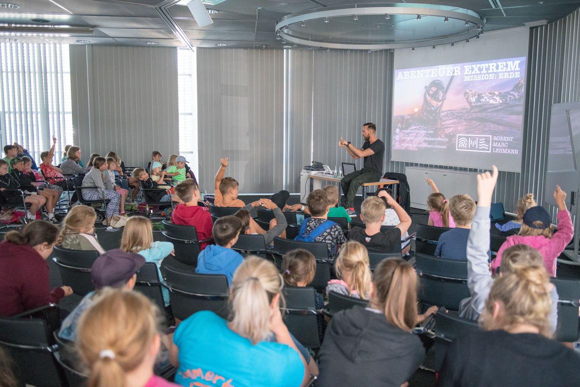 Audi Sommerkinder erleben kunterbunte Ferien