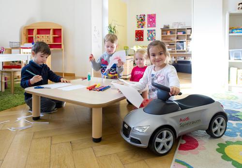 Audi-Standort Neckarsulm schafft Angebot für flexible Kinderbetreuung für Mitarbeiterkinder