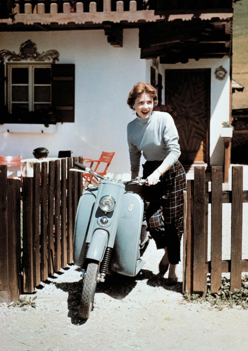 DKW Hobby motor scooter, one-cylinder two-stroke engine, 74 ccm, 3 bhp, 1955