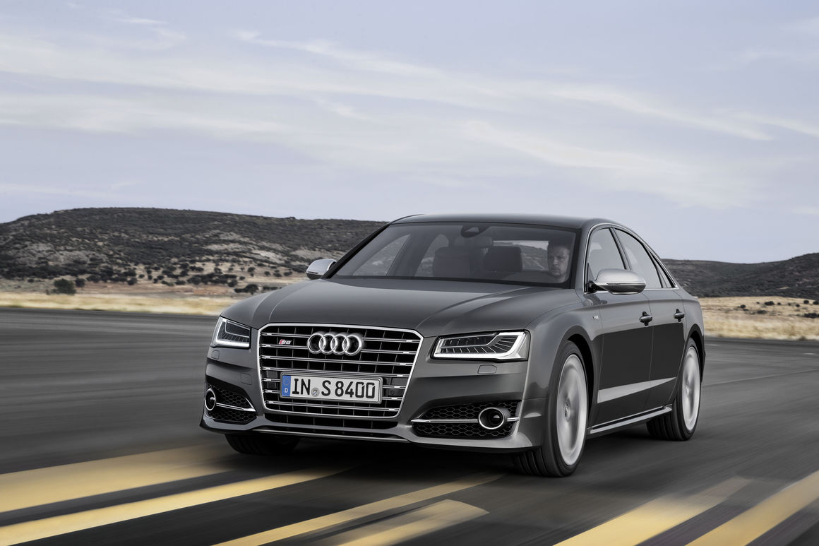 Audi S8 (2013)