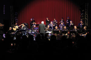 Jazz im Audi Forum Ingolstadt: Big Band-Klassiker in neuem Gewand