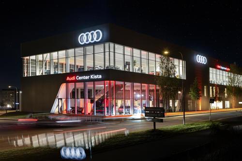 Vier Ringe eröffnen größtes Audi Center in Skandinavien