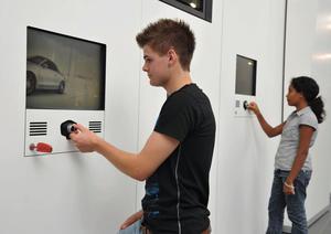 Audi young and fun im Audi Forum Neckarsulm -  Fahrsimulatoren für Kinder und Jugendliche  im Alter von 7 bis 17 Jahren
