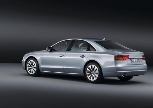 Audi A8 hybrid 03