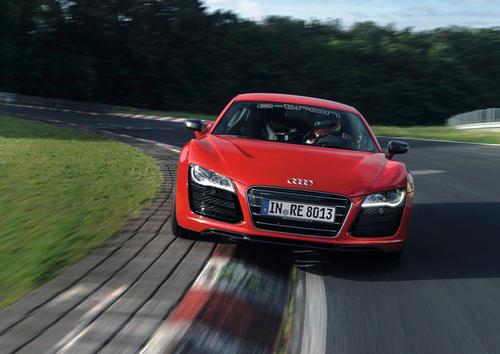 Audi R8 e-tron 01