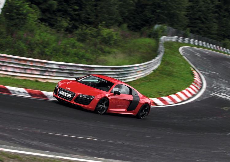 Audi R8 e-tron 04