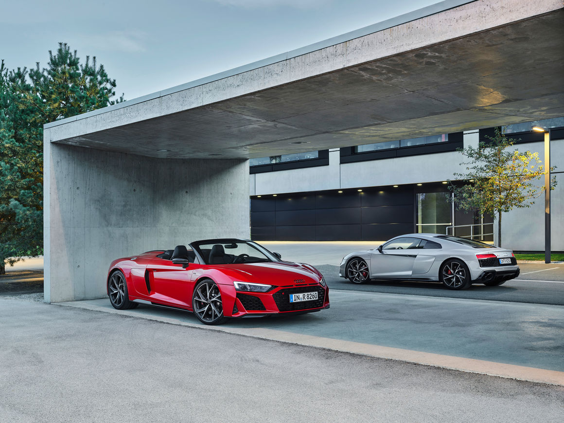 Kelebihan Kekurangan Audi R8 V10 Spyder Tangguh