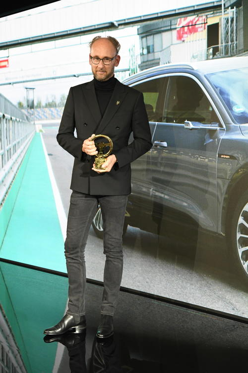 "Audi wins two ""Golden Steering Wheel"" awards The A1 and the e-tron win their classes"