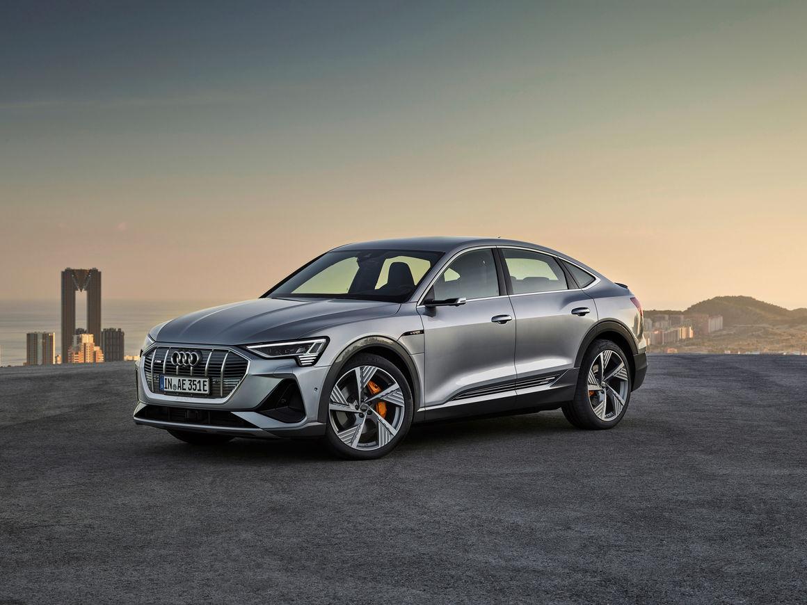 Kekurangan Etron Audi Harga