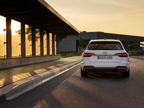 Audi A4 Avant 40 g-tron
