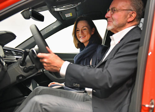 Audi und FC Bayern gehen gemeinsam in die Zukunft