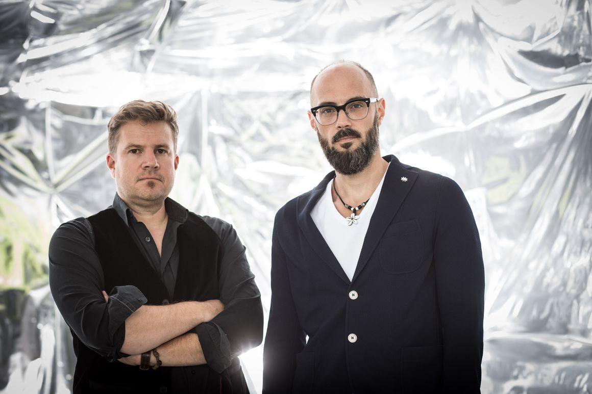 Klüpfel & Kobr im Audi Forum Neckarsulm: Autorenduo liest aus erstem Thriller