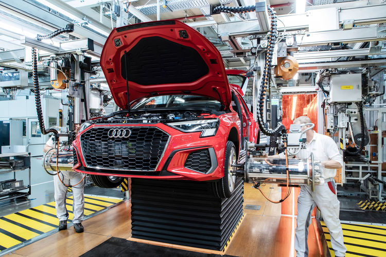 Production of the Audi A3: Assembly – Fitting the wheels, Audi Site Ingolstadt