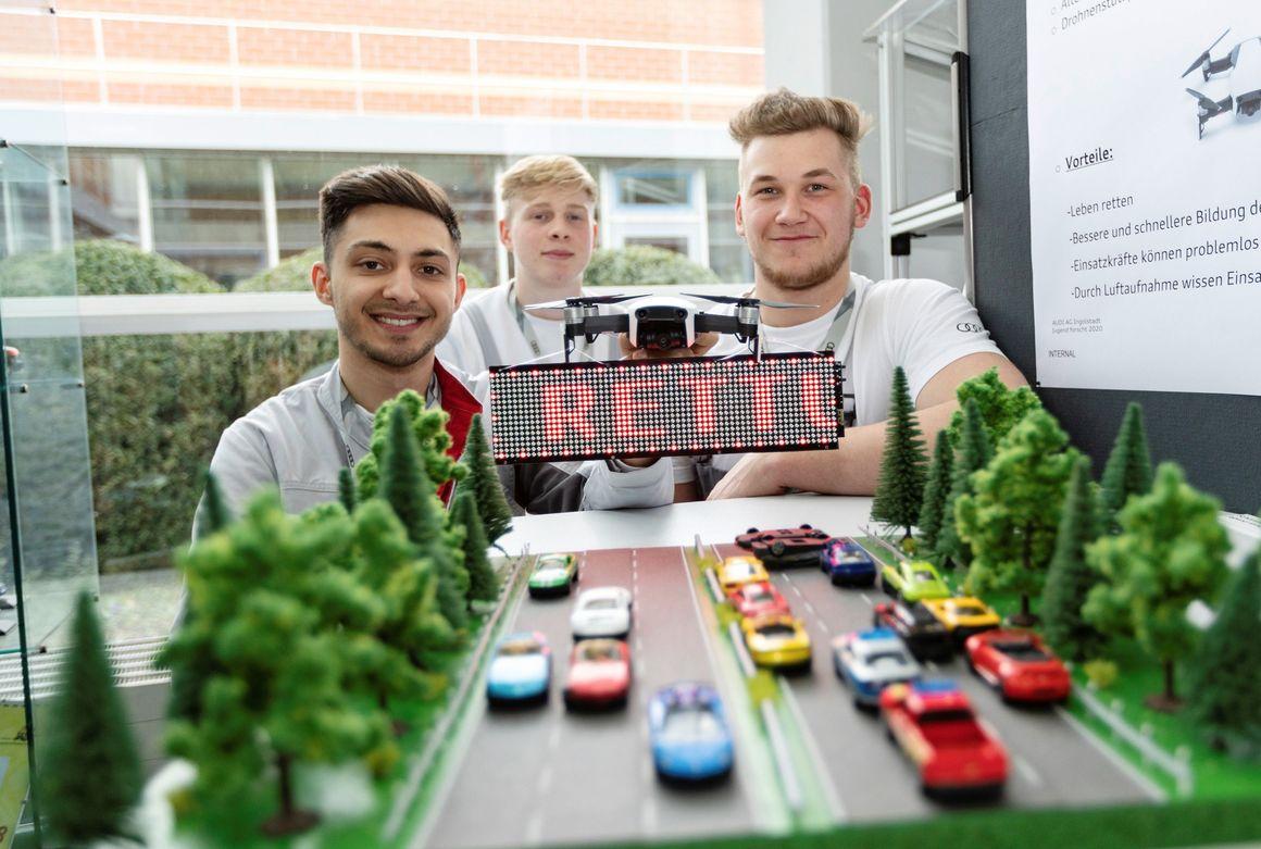 Jugend forscht und Schüler experimentieren: Regionalentscheid für Nachwuchsforscher bei Audi