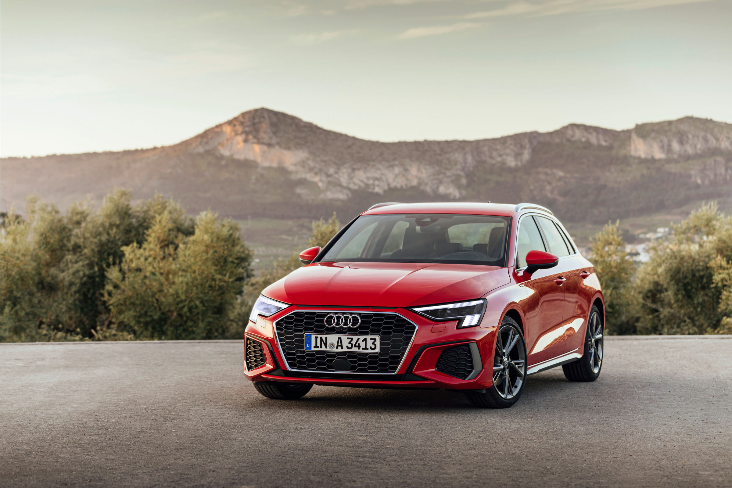 """Success for Audi: The A3 Sportback wins the """"Golden Steering Wheel"""" in the compact class - Image 3"""