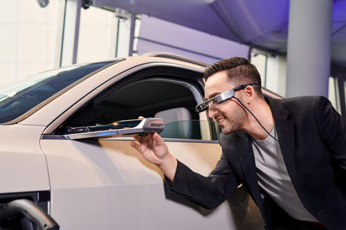 Audi bietet Kunden digitale Live-Beratung mittels Datenbrille