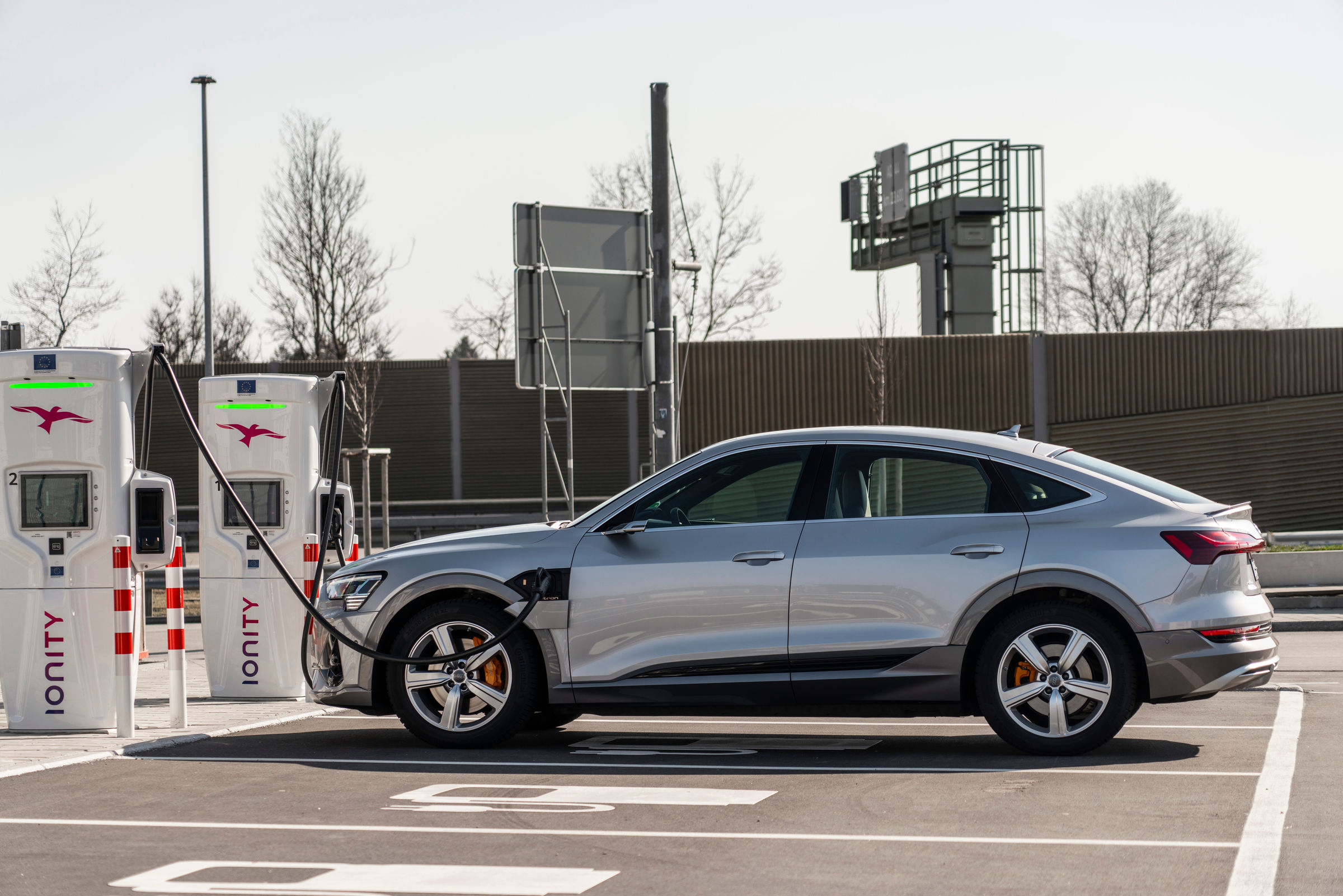 Charging capacity vs. charging speed: What constitutes high charging performance