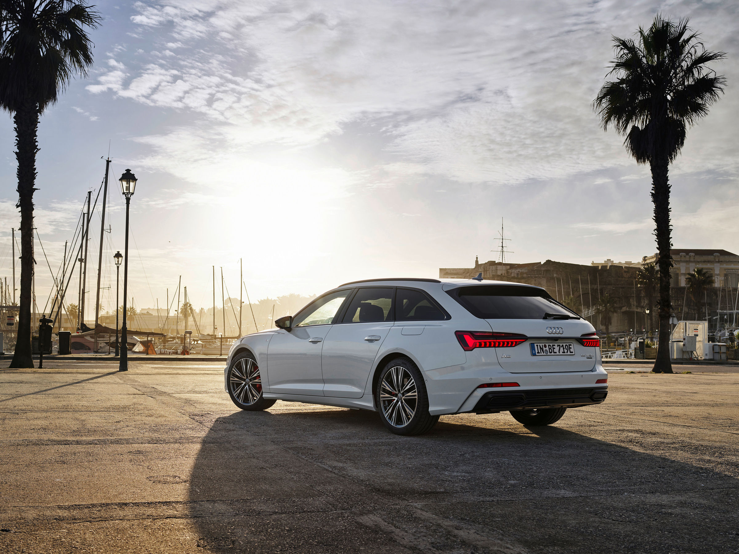 Audi full-size station wagon now as a plug-in hybrid: the new A6 Avant TFSI e quattro - Image 2