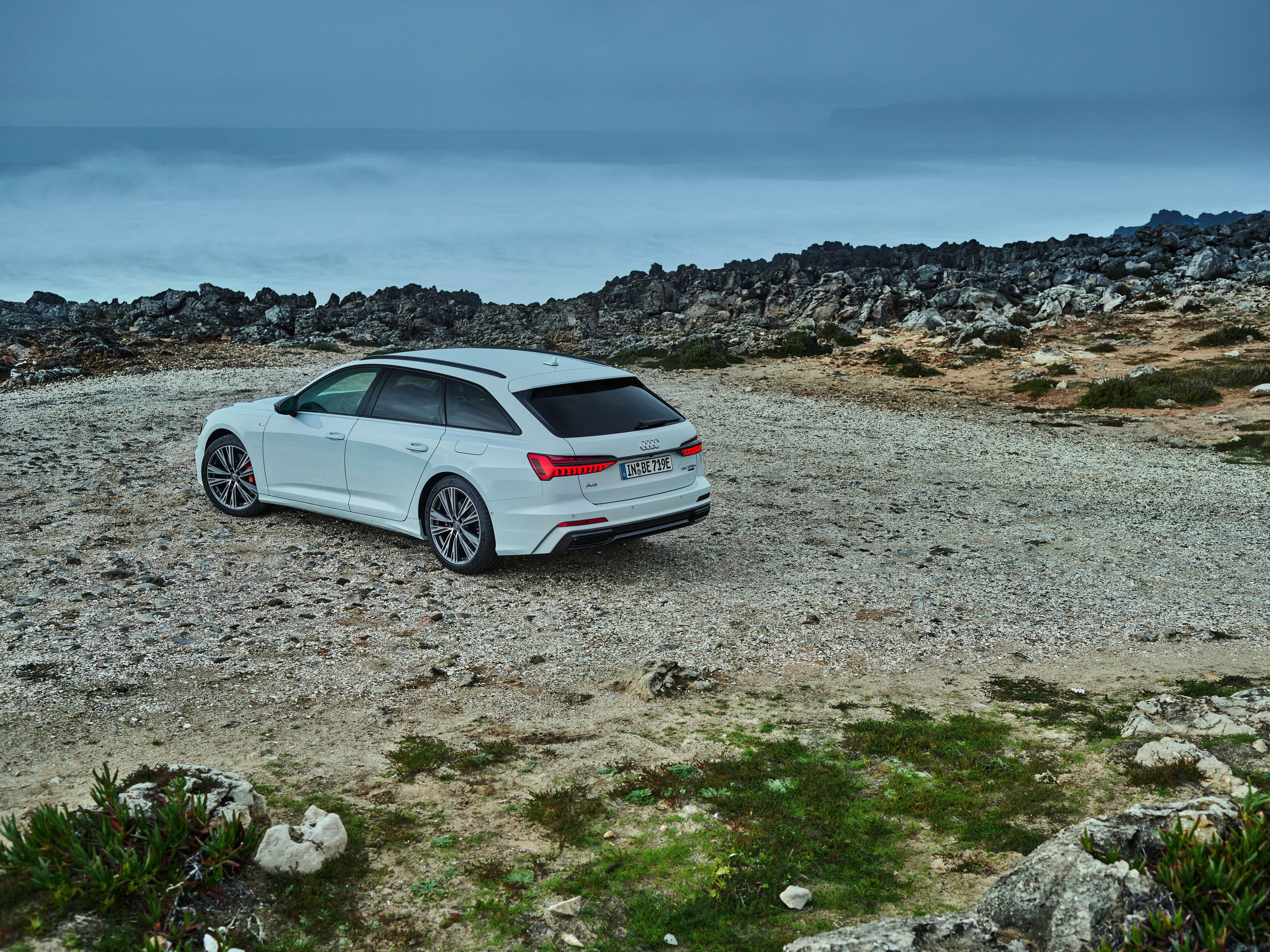 Audi full-size station wagon now as a plug-in hybrid: the new A6 Avant TFSI e quattro - Image 7