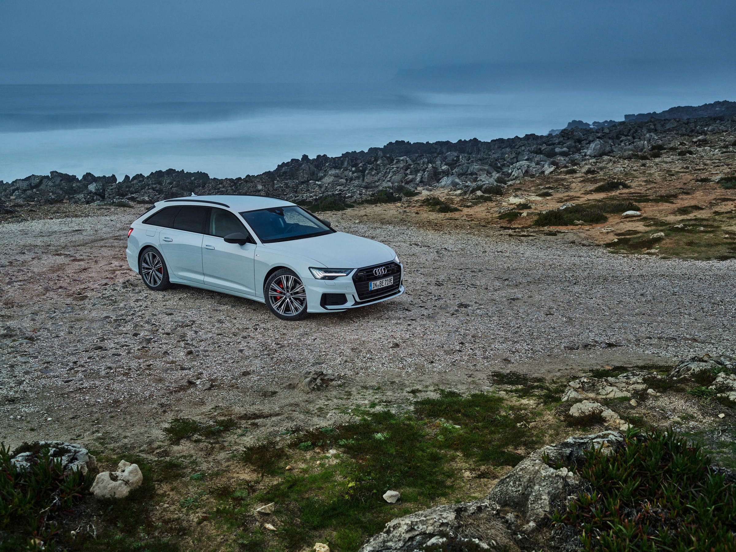 Audi full-size station wagon now as a plug-in hybrid: the new A6 Avant TFSI e quattro - Image 5