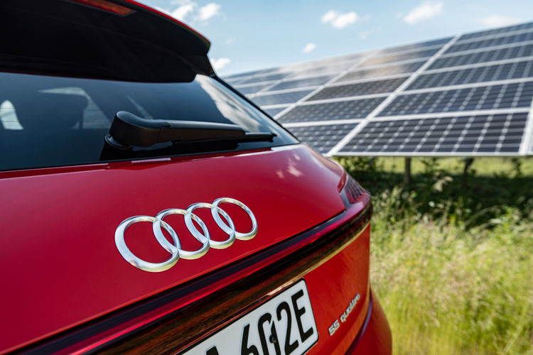 Audi and EnBW cooperate on battery storage