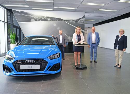 Antrittsbesuch: Bayerische Verkehrsministerin Kerstin Schreyer bei Audi in Ingolstadt