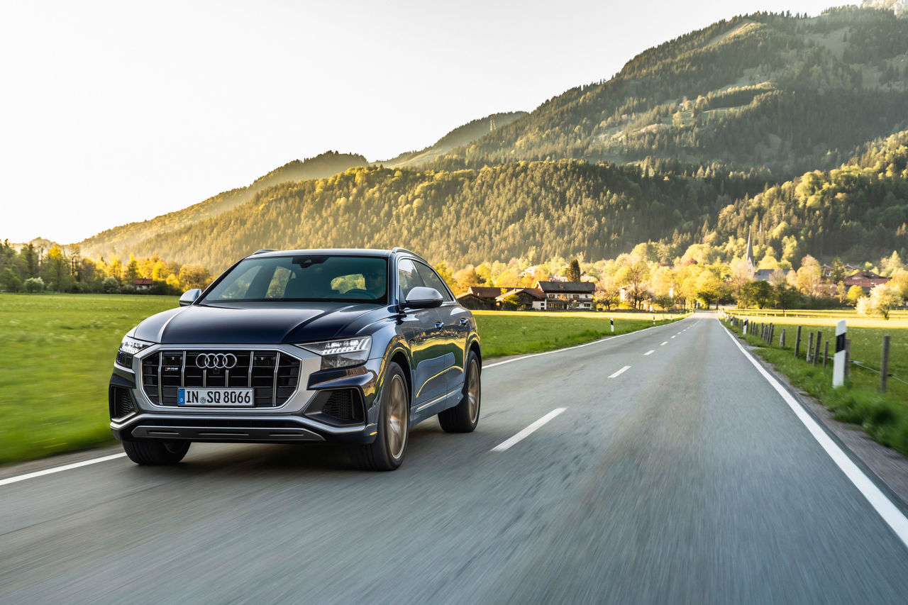 Superior performance: The Audi SQ7 and Audi SQ8 with V8 TFSI engine