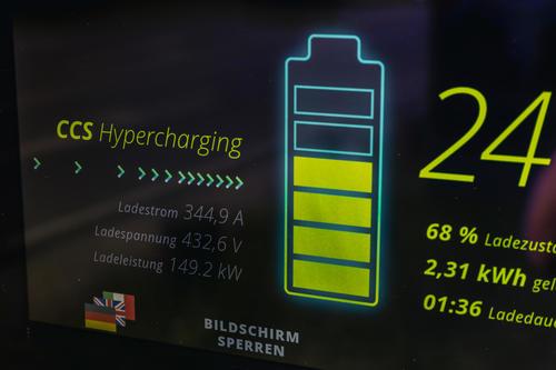 Audi und SWI eröffnen Schnellladepark